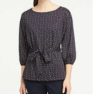 NEW** ANN TAYLOR DOTTED TIE WAIST TUNIC TOP SIZE M